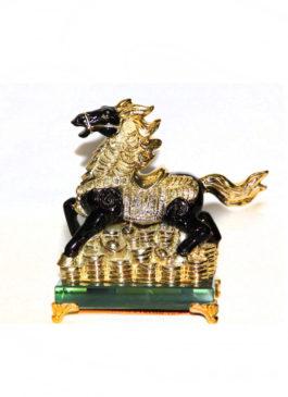 Конь сусальное золото